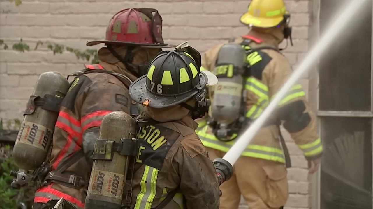 Houston City Council Approves Plan To Lay Off 220  Fireman B Schedule