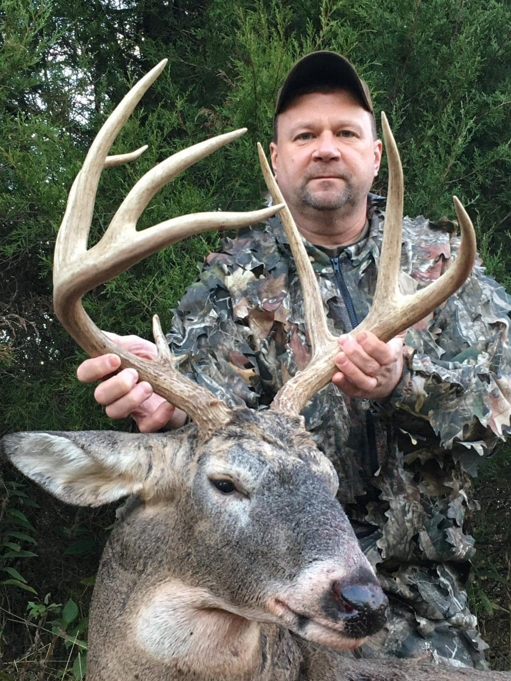Indiana Hunting Outfitters | Whitetail Hunting Trips  2021 Indiana Deer Rut