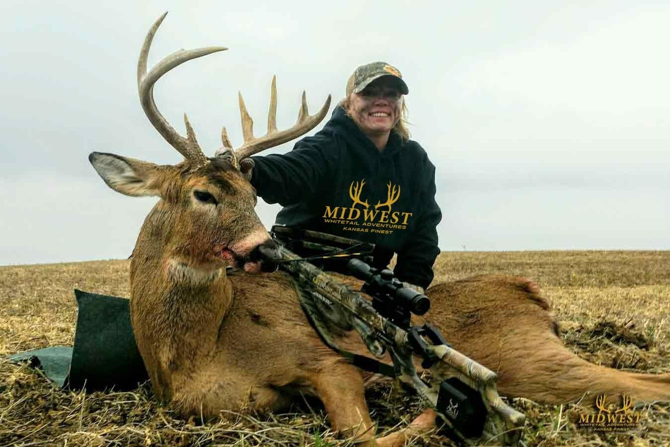 Kansas Deer Hunts - Midwest Whitetail Adventures  Kansas Whitetail 2021 Rut