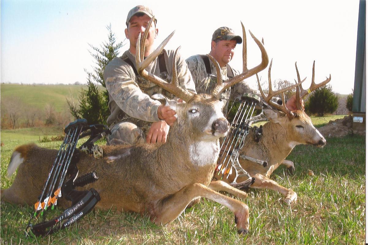 Photo Album - Northeast Missouri Hunting Company  2021 Deer Season Rut Report Northern Missouri