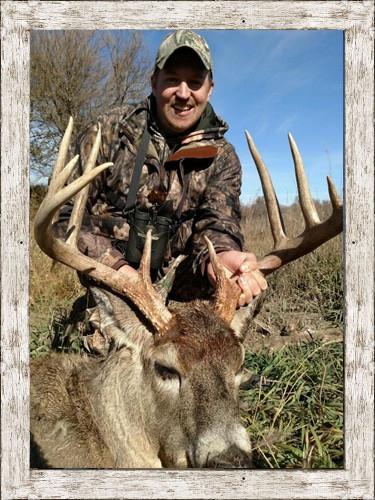 Kansas Hunting Trips | Free Range Whitetail Mule Deer  2021 Kansas Deer Hunting Outlook